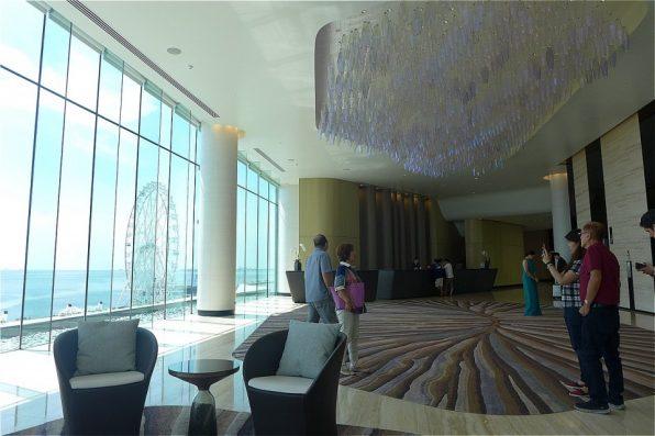 コンラッドホテル3Fフロントデスク