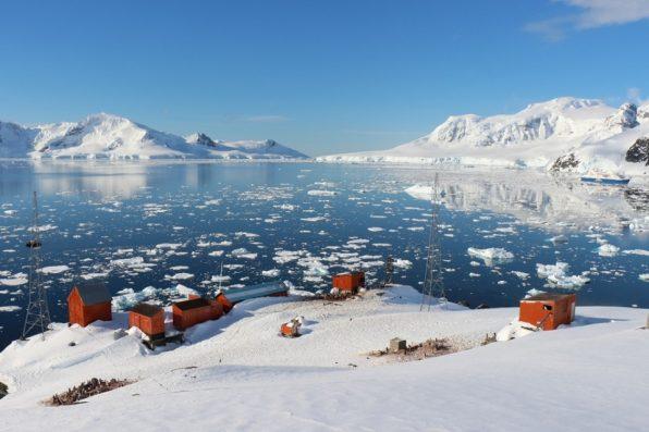 南極大陸からの風景