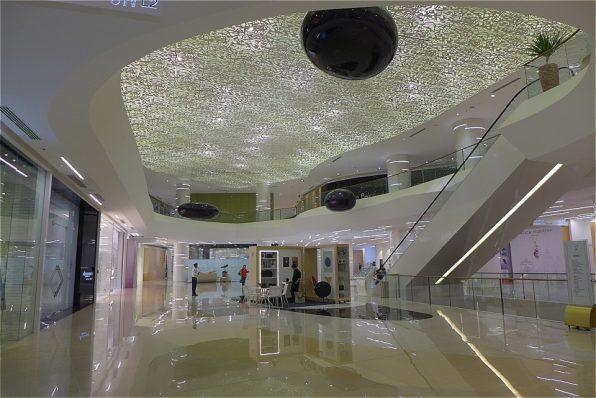 コンラッドホテル・1F-2FのSMAISONモール