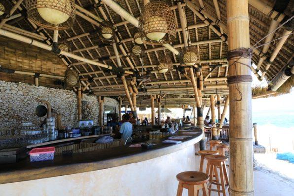フィンズビーチクラブ飲食スペース2